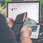 Entenda a diferença entre Dólar Turismo e Dólar Comercial