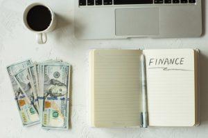 O que analisar ao fazer uma remessa de dinheiro para o exterior?